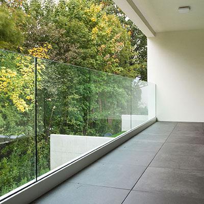 Cierre de terrazas. Aluminios Pamplona